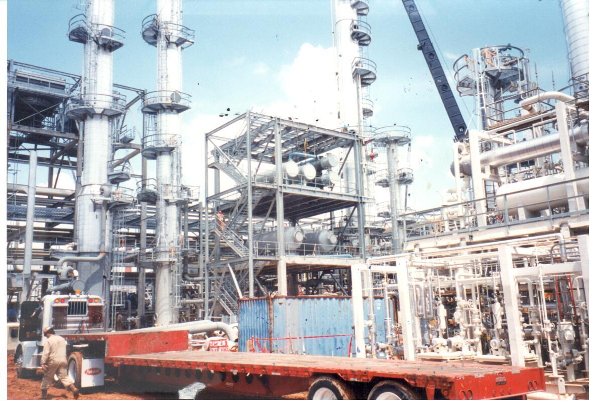 Providing Power, Instrumentat ion and Signal to Various Refinery Locations Including New Installations.