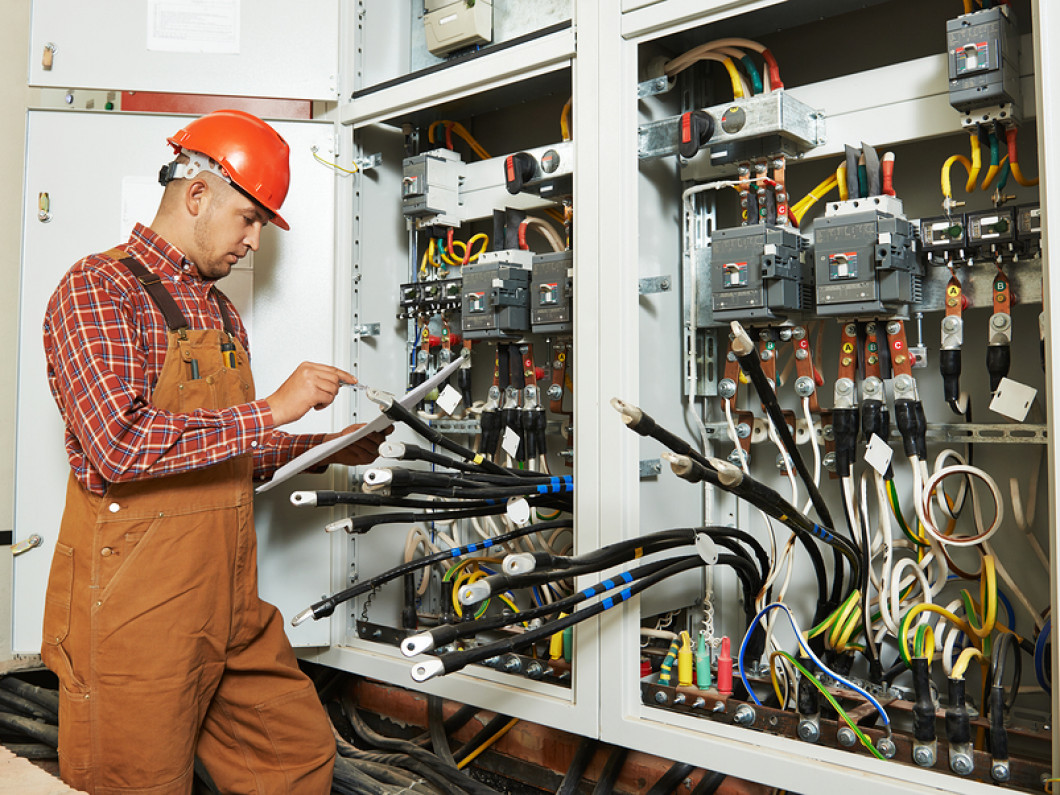 Hire An Electrician With Industrial Experience